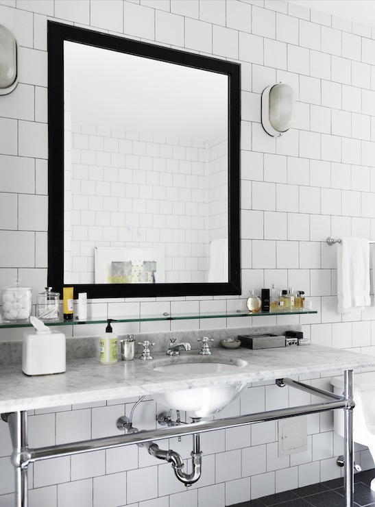 White And Black Porcelain Tiles Design Ideas