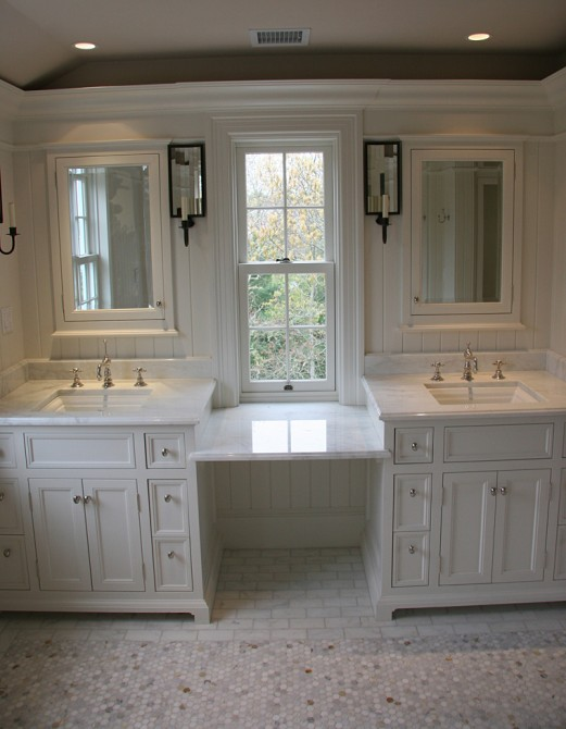 Double vanity ideas traditional bathroom toby leary for Master bathroom cabinet designs