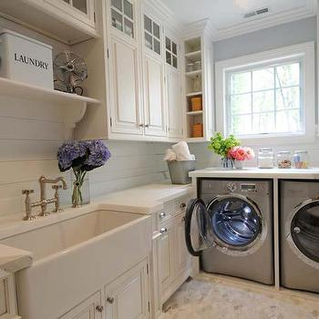 Brushed Gold Laundry Room Faucet Design Ideas