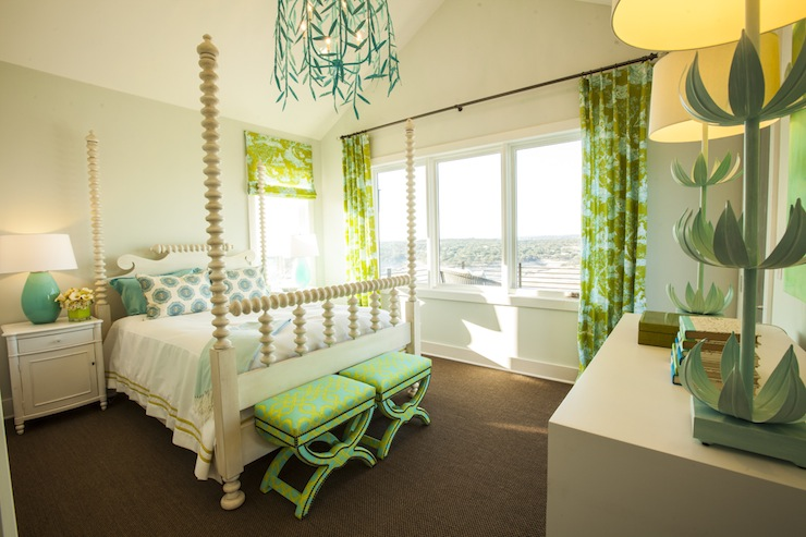 Turquoise and green girl 39 s room contemporary girl 39 s for Blue and green girls bedroom ideas