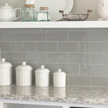 Gray And White Backsplash Tile Design Ideas