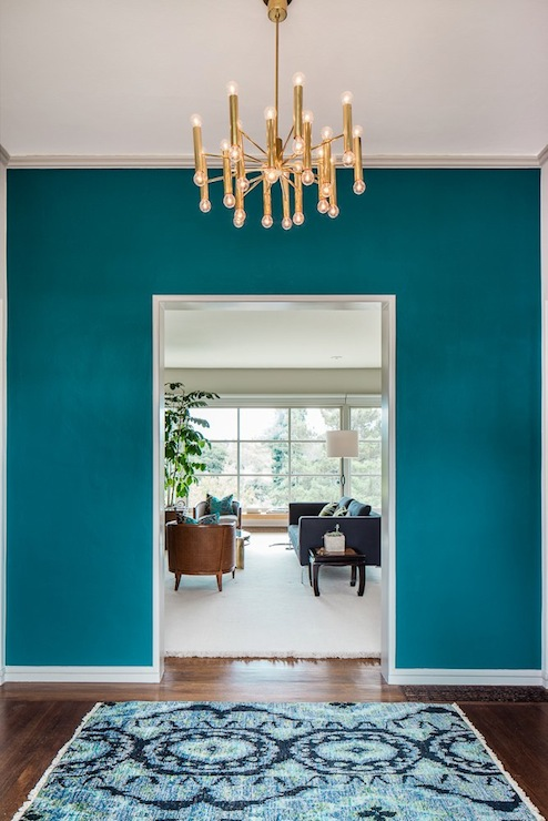 Peacock blue paint color eclectic entrance foyer for Couloir turquoise