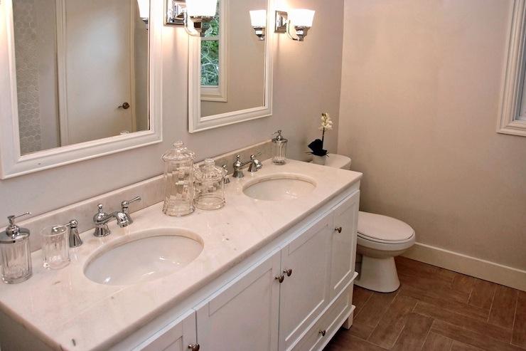 Greige Bathroom Walls Design Ideas