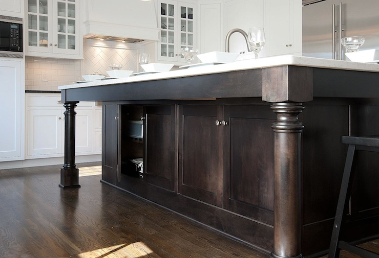 Stained Kitchen Island Design Ideas