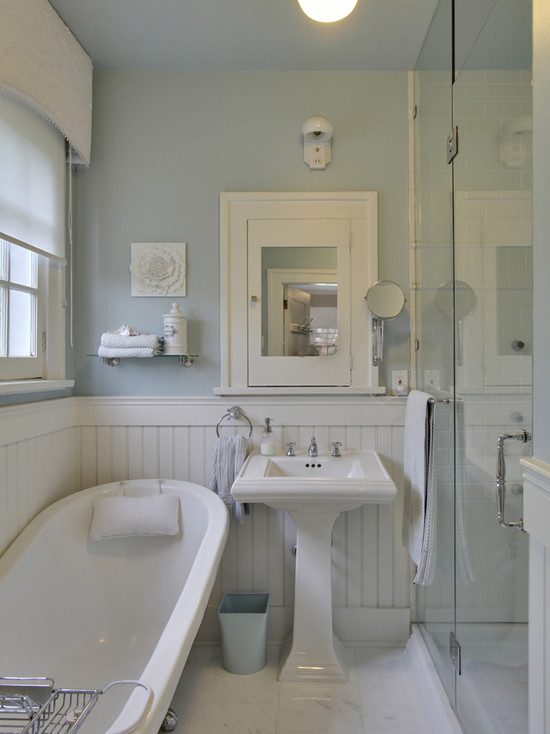 White beadboard bathroom cottage bathroom benjamin for White and blue bathroom ideas