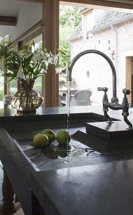 Soapstone Sink Traditional Kitchen Achterhuis