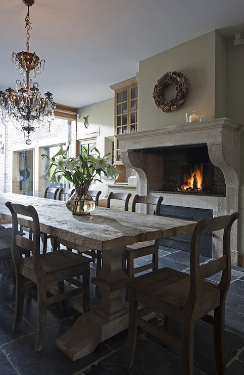 Dining Room Fireplace Pizza Oven