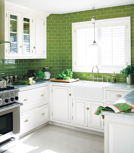 Green subway tile kitchen design ideas for Green kitchen cabinets