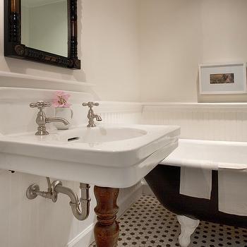 1 Leg Pedestal Sink, Vintage, bathroom, Sullivan Building and Design Group