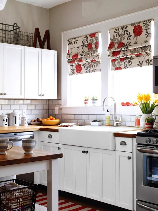 Antique White Kitchen Cabinets With Gray Walls