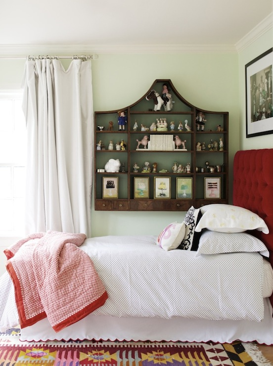 White and Red Bedroom with Red Color Blocked Curtains ...