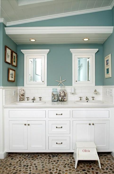 Sliced Sea Green Pebble Tile Bathroom Flooring