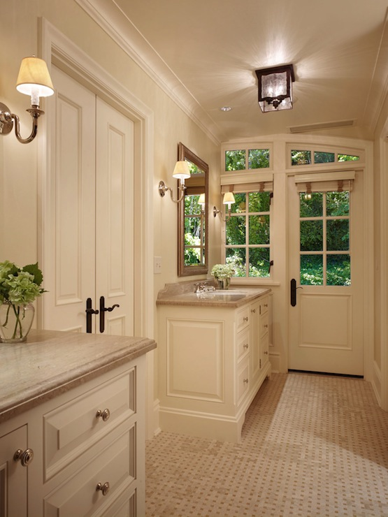 Cream bathroom vanity traditional bathroom toth - Pictures of vanities in bathrooms ...