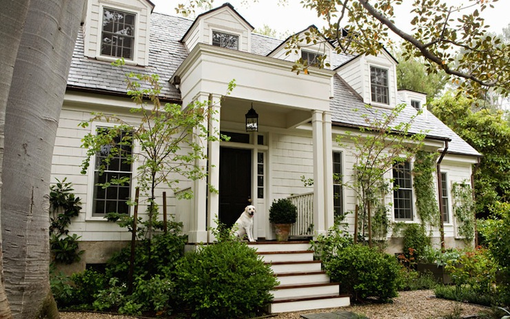 Benjamin moore swiss coffee traditional home exterior for Classic house fronts
