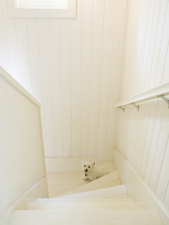 Wood Paneled Stairwell Design Ideas