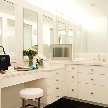 Luxurious Dressing Room