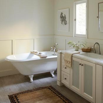 Board and Batten Bathroom, Transitional, bathroom, Simo Design
