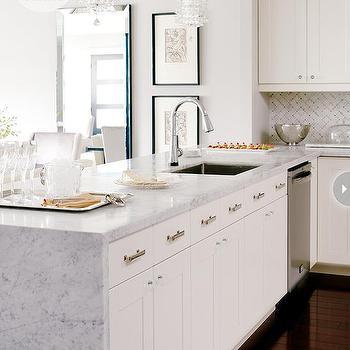 Oriental White Marble And Bardiligio Marble Contemporary