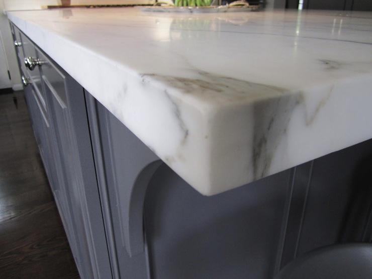Calacatta Gold Marble Countertop Design Ideas