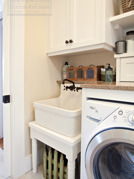 Utility Room Sink : Laundry Room Apron Sink - Traditional - laundry room - Scott Lyon ...