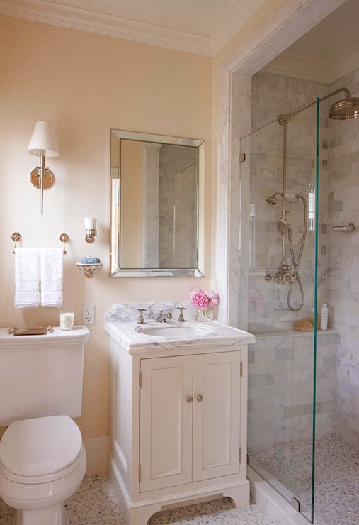 White dove cabinets traditional bathroom benjamin for Pictures of beautiful small bathrooms