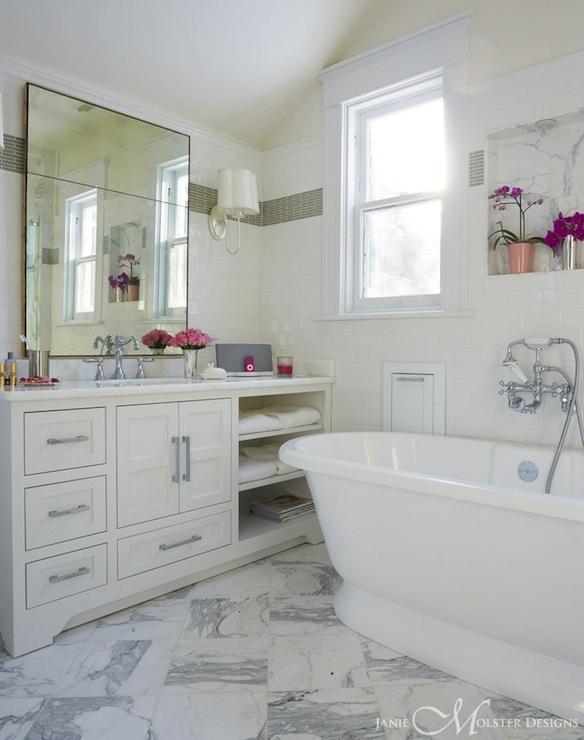 Quatrefoil tile mediterranean bathroom for Quatrefoil bathroom decor
