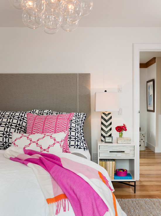 Pink gray and black bedroom contemporary bedroom for Designers guild bedroom ideas