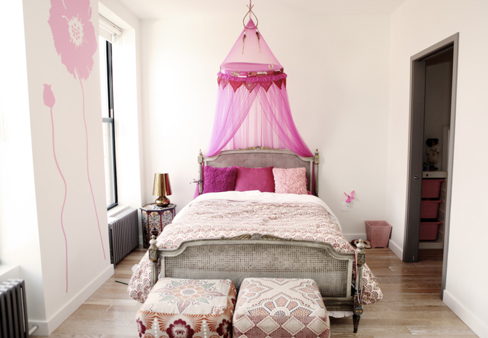 Pink Bed Canopy view full size & Girlu0027s Canopy Bed - Transitional - girlu0027s room - Gary McBournie
