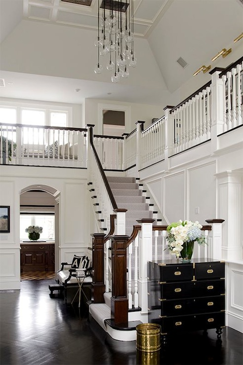 Two story foyer contemporary entrance foyer an for Foyer seating area ideas