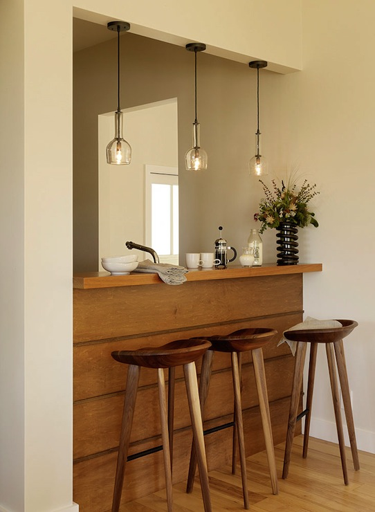 Pendant lighting over bar design ideas Breakfast bar lighting ideas
