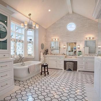 Vaulted Ceiling Bathroom, Traditional, bathroom, Brandon Architects