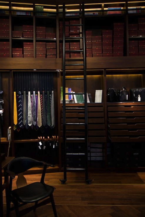 Gentlemans Closet Traditional Closet
