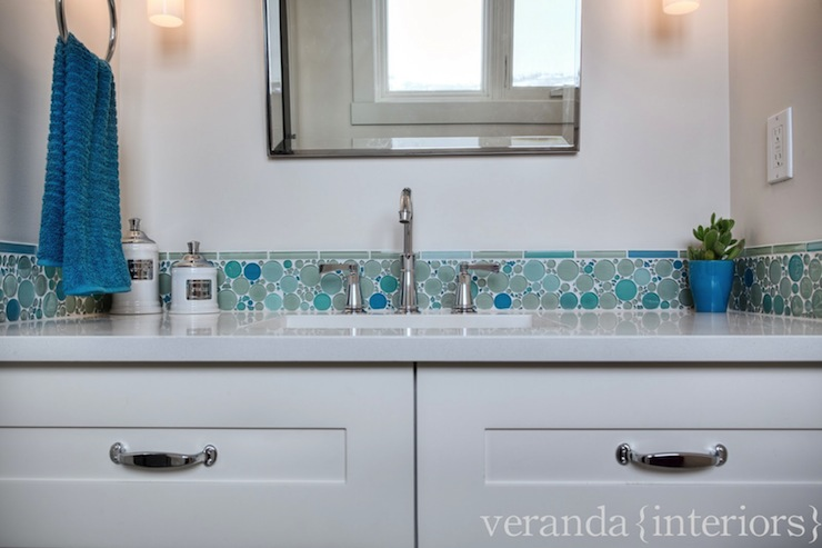 Perfect Mosaic Glass Bubble Tile - Contemporary - bathroom - Veranda FS37