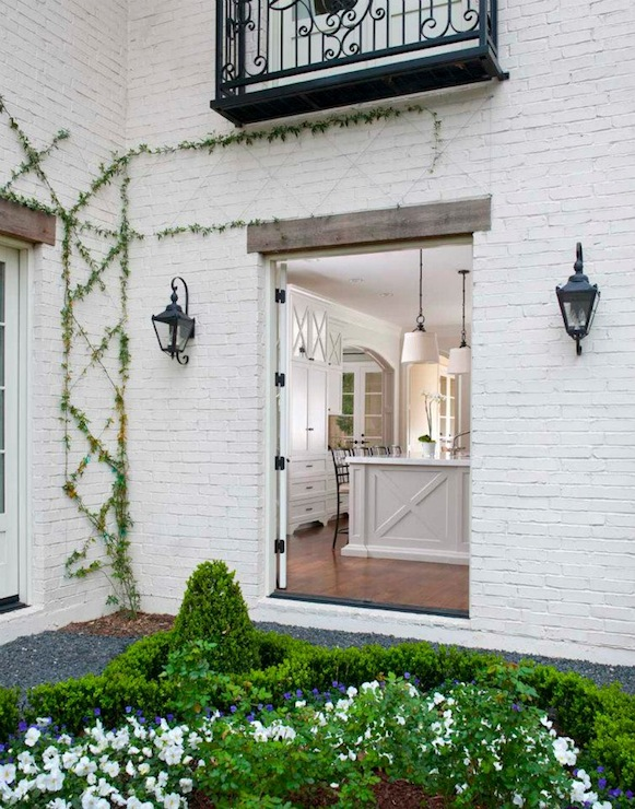 Painted white brick exterior design ideas White painted brick exterior
