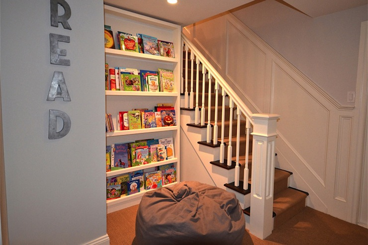 Kids Bookcase Traditional Basement D2 Interieurs
