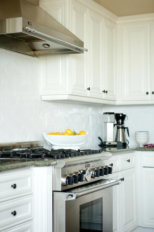 white arabesque tile