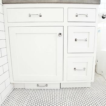 Toe Kick Step Stool  sc 1 st  Decorpad & Bathroom Vanity With Built In Step Design Ideas islam-shia.org
