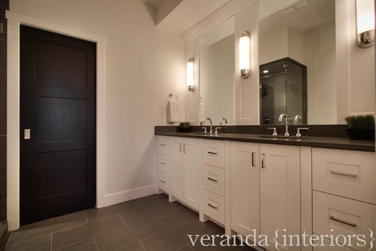 benjamin moore black contemporary bathroom benjamin. Black Bedroom Furniture Sets. Home Design Ideas