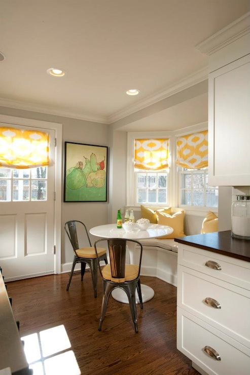 Curved dining banquette transitional kitchen tiffany farha design - Banquettes in kitchens ...