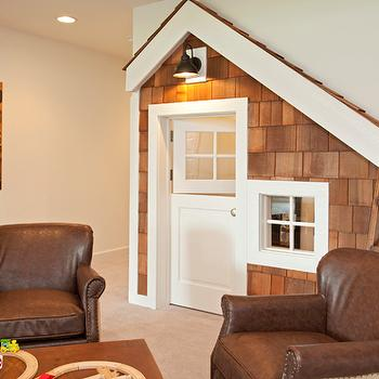 Playhouse Under The Stairs, Traditional, basement