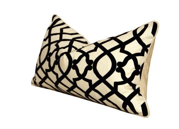 Black And White Raised Lattice Lumbar Pillow Cover
