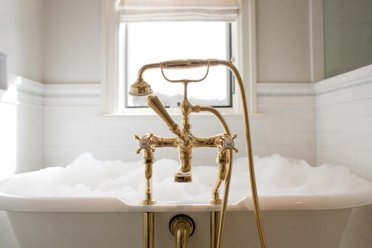 Brass Tub Filler Design Ideas