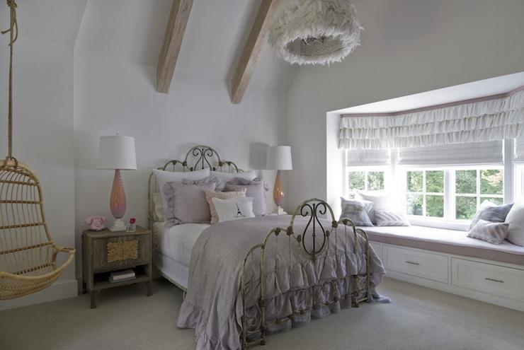 Lavender Bedding Design Ideas