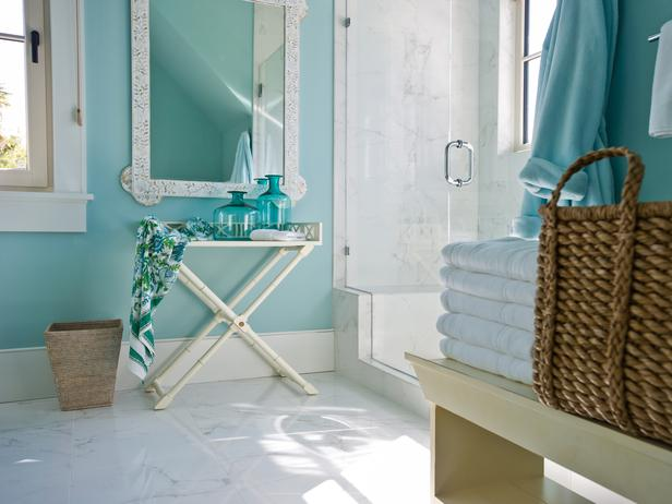 Turquoise paint colors cottage bathroom sherwin for Watery paint color
