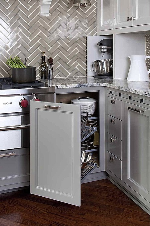 Gray herringbone backsplash transitional kitchen for Backsplash for white cabinets and grey countertops