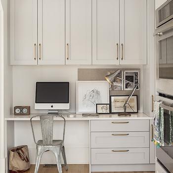 White Quartz Desktop Design Ideas