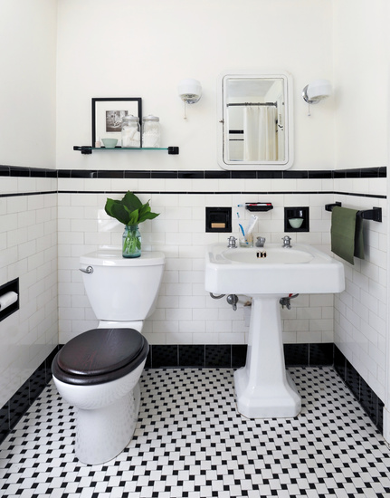 Black and white powder room vintage bathroom ore studios for Black white bathroom set