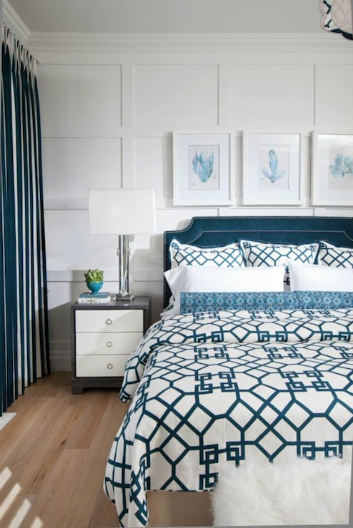 Trellis duvet contemporary bedroom atmosphere for Interior design bedroom blue white