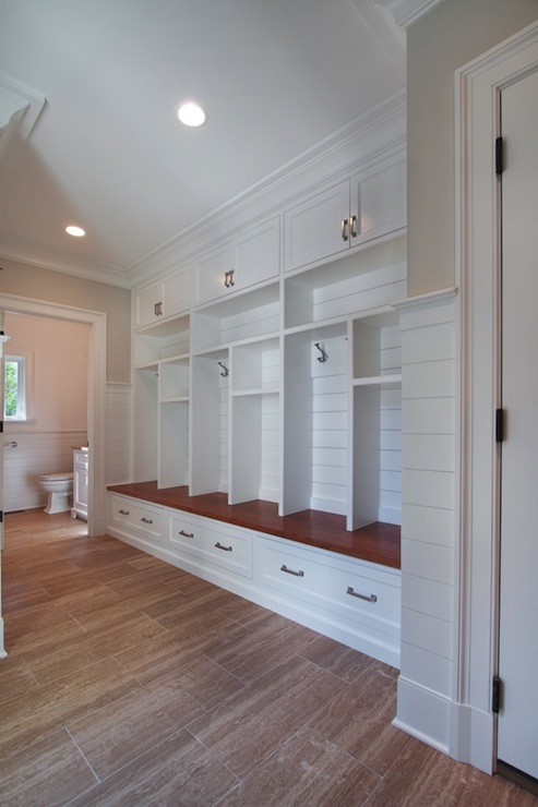 Mudroom Open Lockers Design Ideas