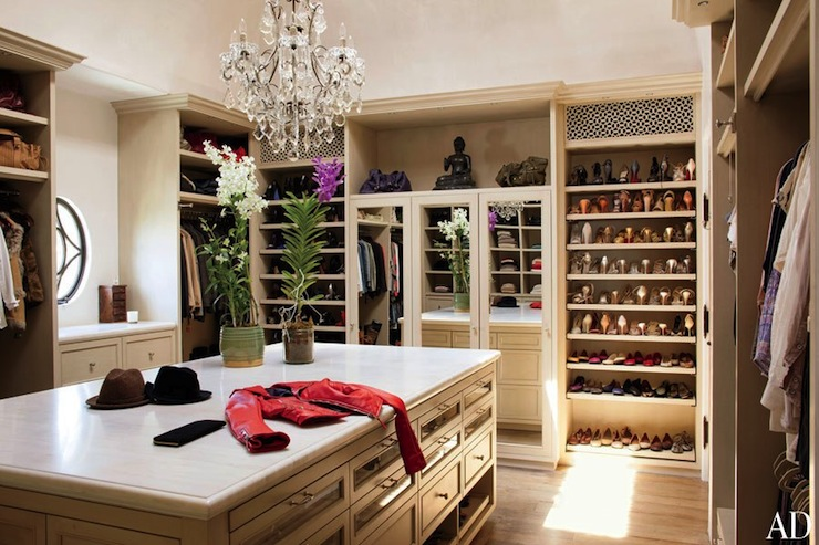 Built In Shelves For Shoes